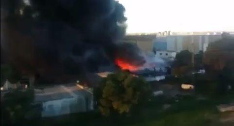 Tunisie – Kairouan : Un énorme incendie ravage l'usine de cigarettes